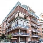 Appartamento trilocale a Lido di Ostia Roma vendiamo in via Ammiraglio Marzolo