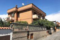 Appartamento trilocale in vendita, Dragona, Via Padre Fausto Federici a  per 195000