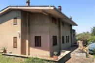 Villa unifamiliare divisa in due unità in vendita, Marino, Via di Campofattore a  per 760000